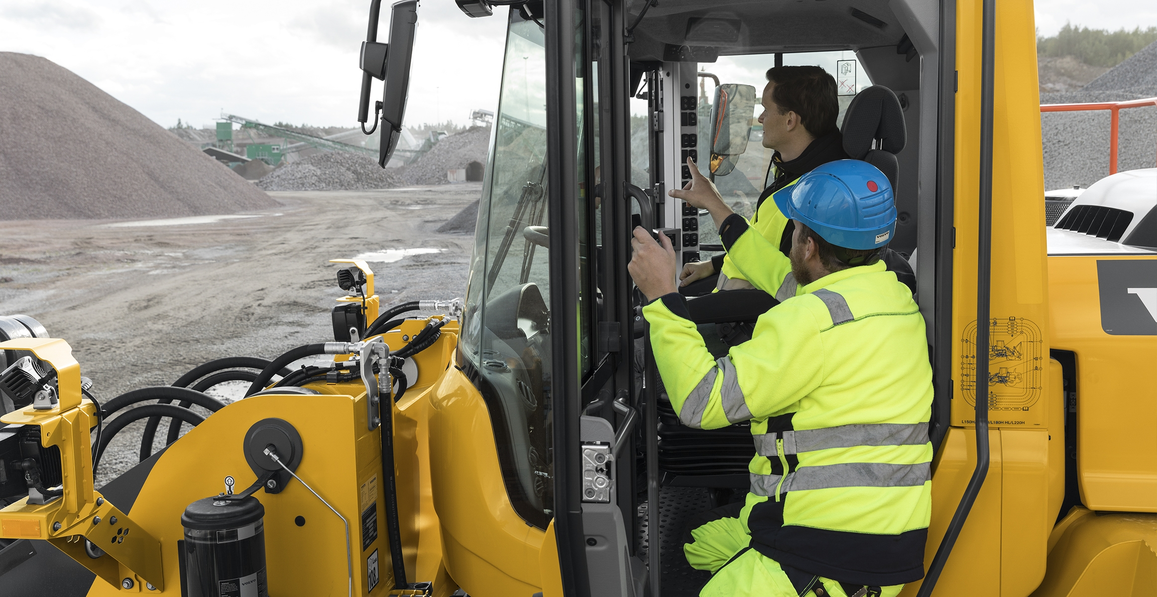 Hiring the Best Wheel Loader Operators