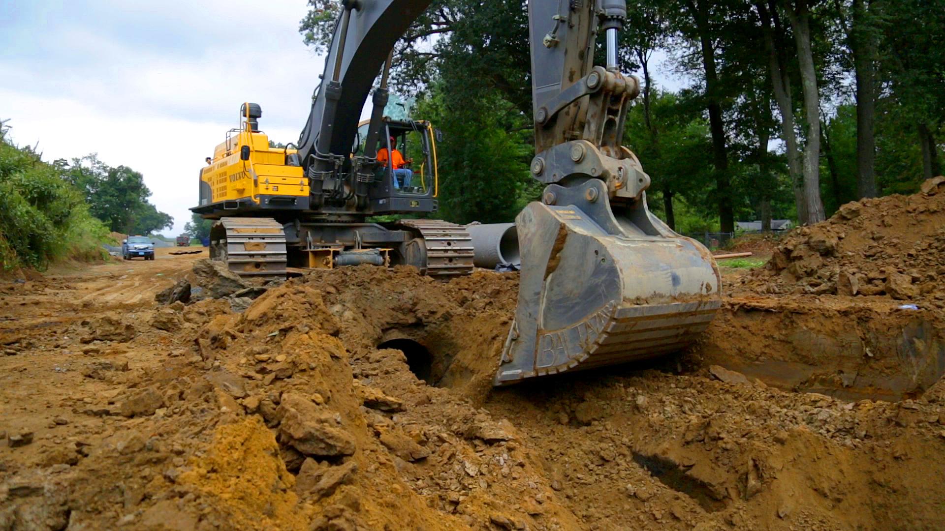 Excavator Durability - Digging