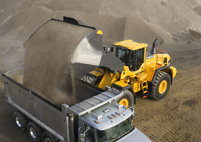 Loading sand with a Volvo Frontend Loader